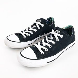 Convers All Star Size 8 Black Lace Up Sneakers